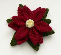 Free poinsettia crochet pattern
