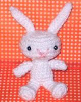 Free snow bunny amigurumi pattern