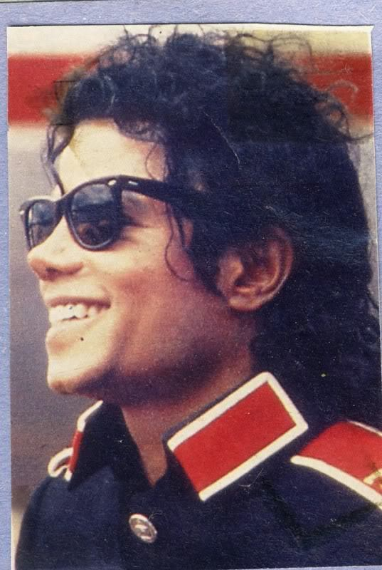 Pictures Of Michael Jackson When He Was Black. I was like OMG, he knew it!