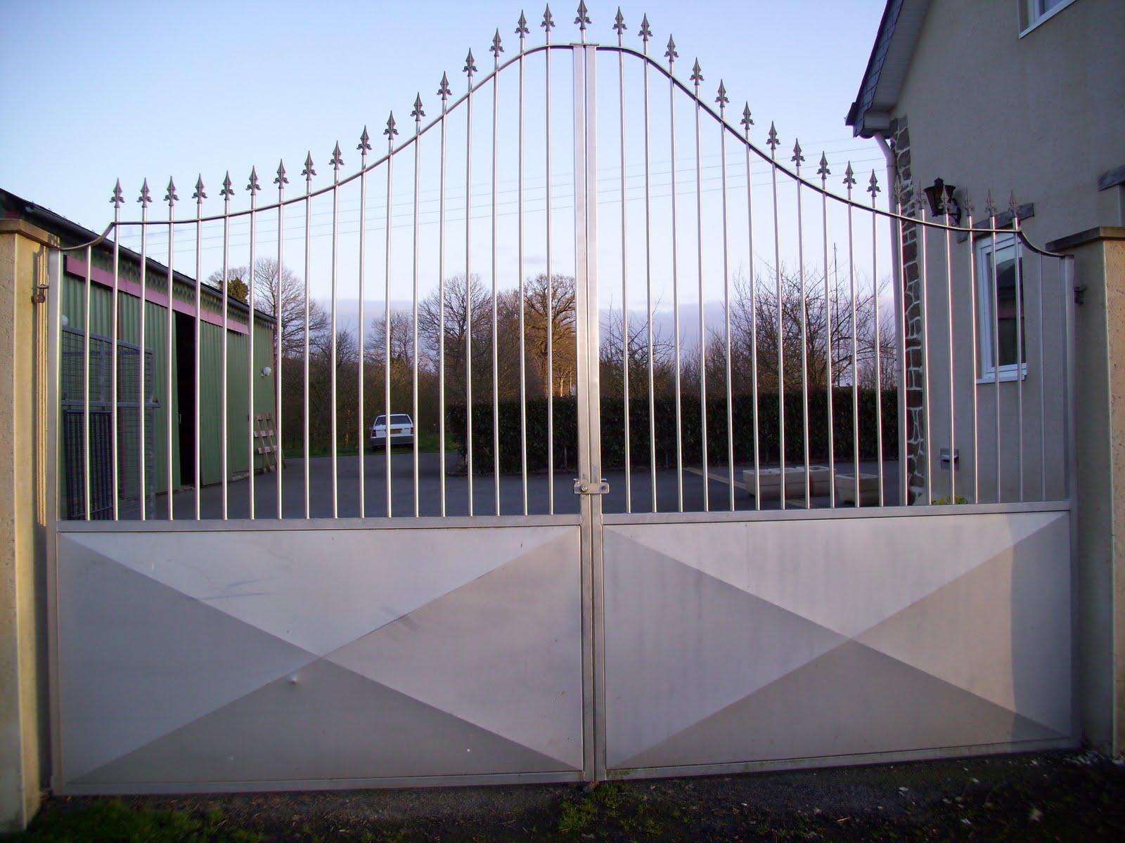 acier aluminium cuivre inox laiton portail en inox. Black Bedroom Furniture Sets. Home Design Ideas