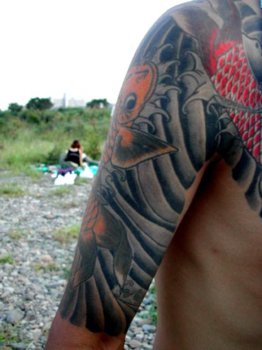 waves tattoos. japanese waves tattoo