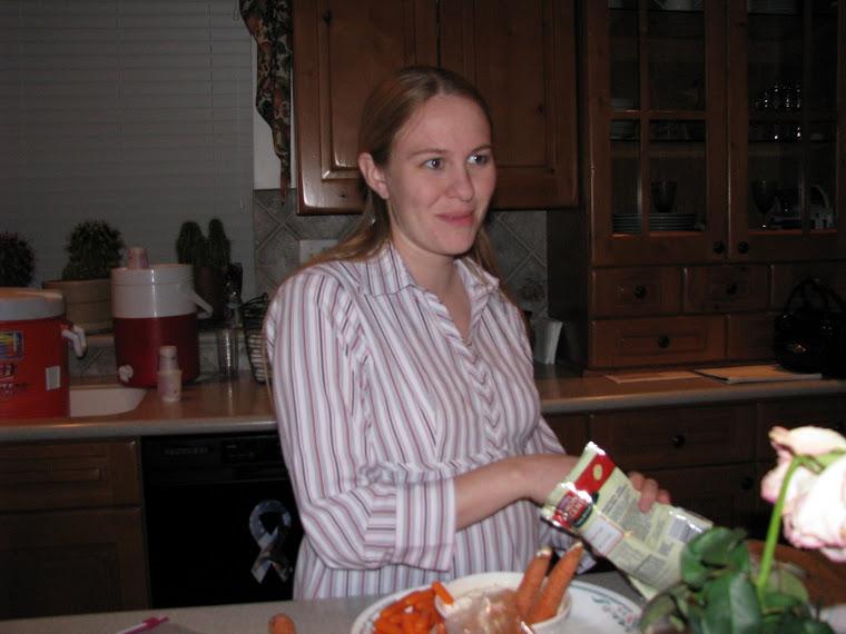 Amy 22 Weeks Halloween