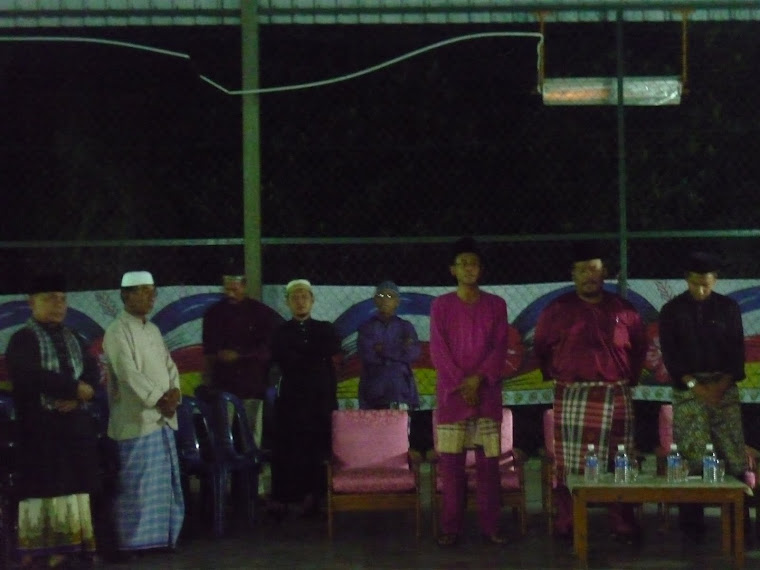 Tetamu  VIP Maulidul rassul Perpustakaan Desa Parit Senah 2010...