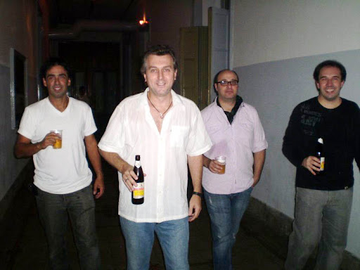 LOVETARIANS: Banda de Rock Argentina