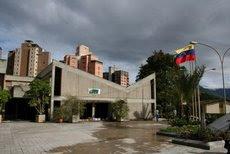UNE inserta más de 100 estudiantes en las principales empresas del país por medio de sus pasantías