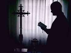 Todo lo que querías saber sobre exorcismo y santería conferencia con el Padre Rafael Troconis