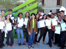 Entrega de 20 BECAS UNEPAS, Programa de Apoyo Social UNE este viernes 11 de diciembre más muchachos