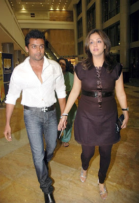 actor Surya and Jyothika stills,Surya and Jyothika paparazzi pictures ...