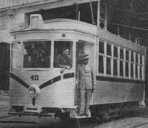 Año 1959 - Tranvia modelo Belga - Cochera de calle 42 e/ 3 y 4 La Plata.
