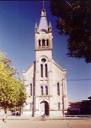 Templo parroquial Totoras