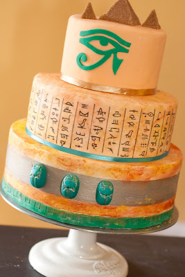 Egyptian Birthday Cakes http://ericaobrien.com/blog/2010/01/ancient-egyptian-themed-party.html