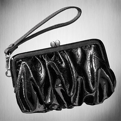 Vera Wang on Bagganza Boutique  Simply Vera Vera Wang High Shine Wristlet