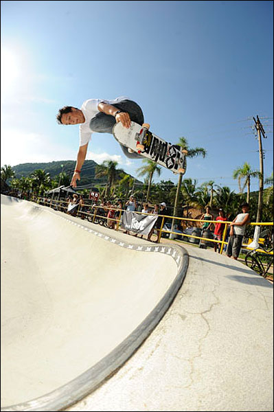 Biano Bianchin, Carlos de Andrade, Lost Bet Challenge, Pool Party, Bowl riders