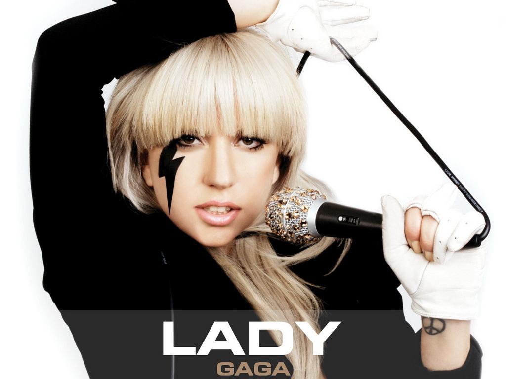 http://4.bp.blogspot.com/_GhlVI6dsgG8/TC57Db5CxMI/AAAAAAAAAwg/3ruaiiqhRk0/s1600/lady+gaga+paparazzi.jpg