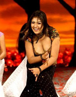 Nayanthara With Out Bra Images & Pictures - Becuo