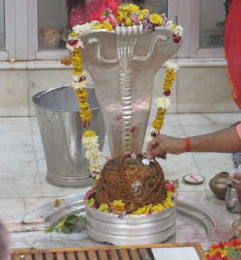 12 Jyotirlinga Tour http://serbagunamarine.com/12-jyotirlinga-in-india-indian-temples.html