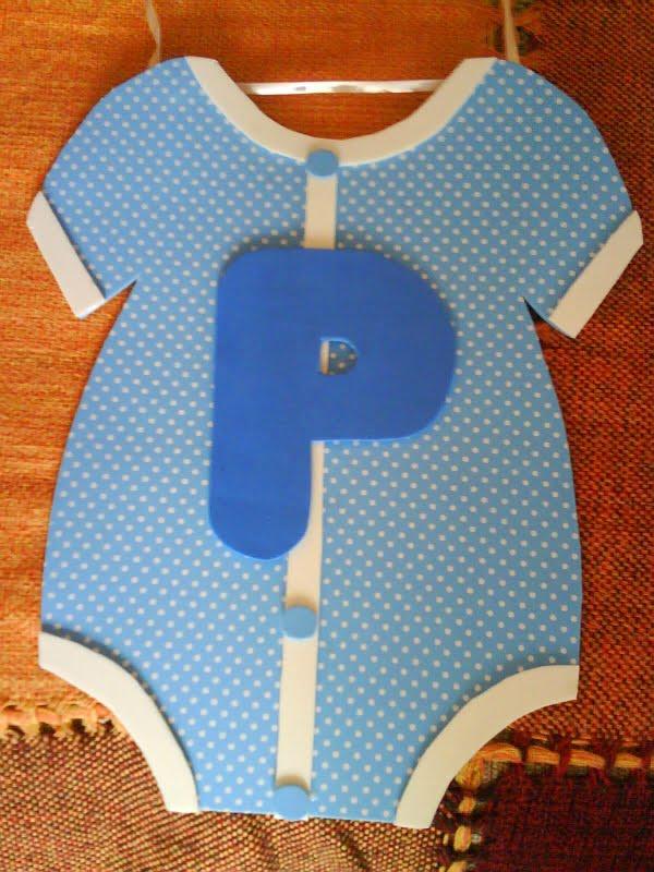 varal de roupinhas para chá de bebê tamanho 32 cm