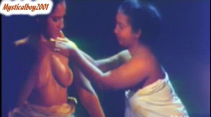 mallu reshma fucking her pussy