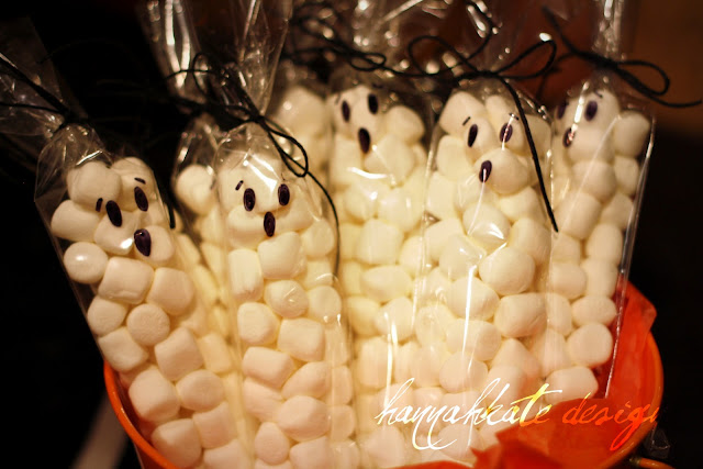 halloween crafts:    panic mode party treats!