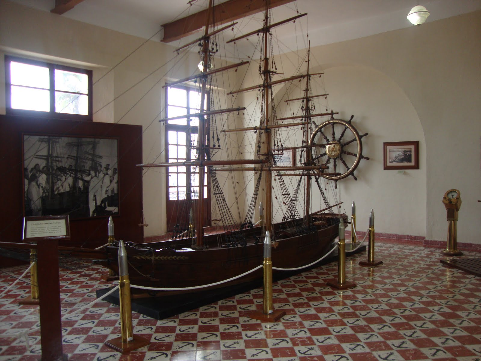 Cierra SEMAR  Museo Naval contra la Delincuencia Organizada y el Museo Histórico Naval. DSC03907