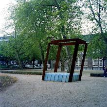 Monument voor een verzonken stad. 1981