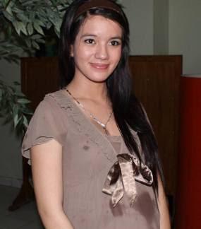 Sheila Marcia Bunting, Sheila Marcia Artis Indonesia Cantik Seksi suka Bugil, Foto Bugil Gadis Abg