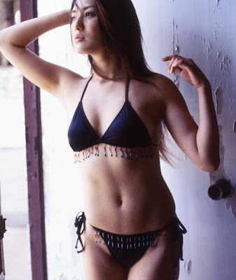 gambar seksi cewek bugil cantik bikini model