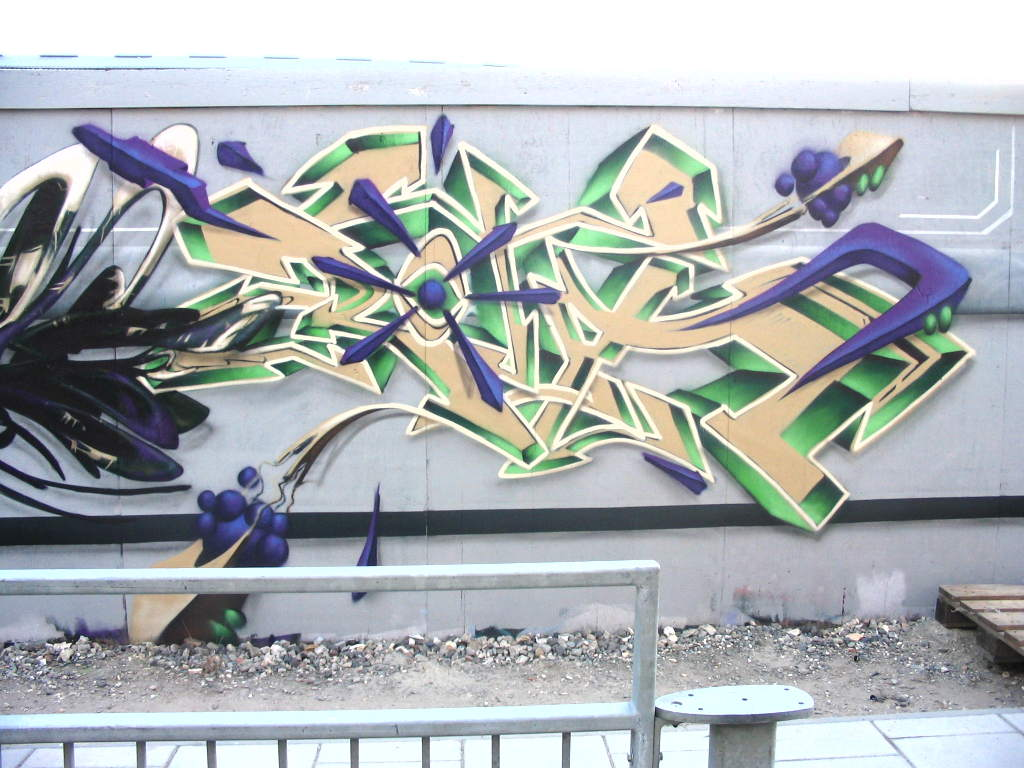 wild style graffiti letters