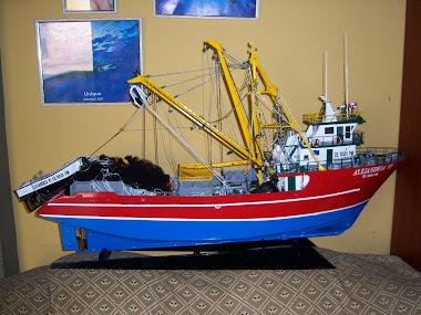 Barco Pesquero a Escala ALEJANDRIA VI