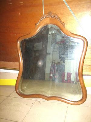 Me lo encontré en la calle: Un espejo de madera