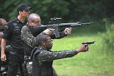 squadroni della morte organizzati da Negroponte (USA)
