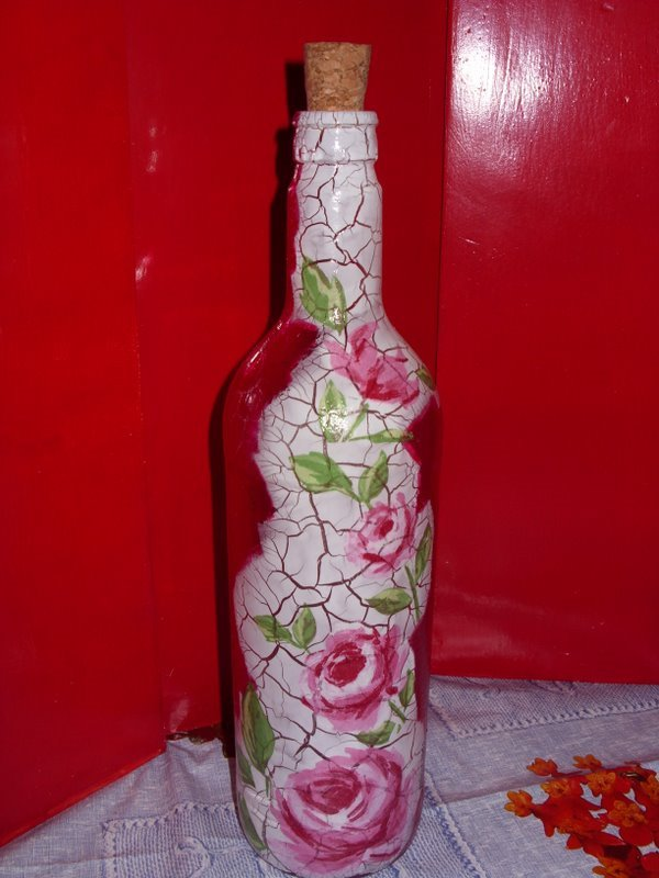 garrafa de vidro com decoupage craquelada garafa de vidro com