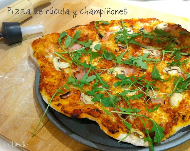 Tr bede pizza de r cula y champi ones masa de pizza de fabi n mart n y collar de reyes - Pizza mycook ...