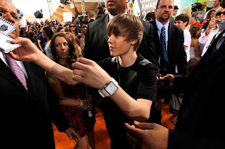 justin bieber wallpapers 2010