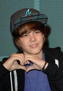 Justin Bieber hearth
