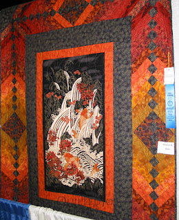 Beautiful quilts on display at the 2010 KY State Fair - QuiltedJoy.com