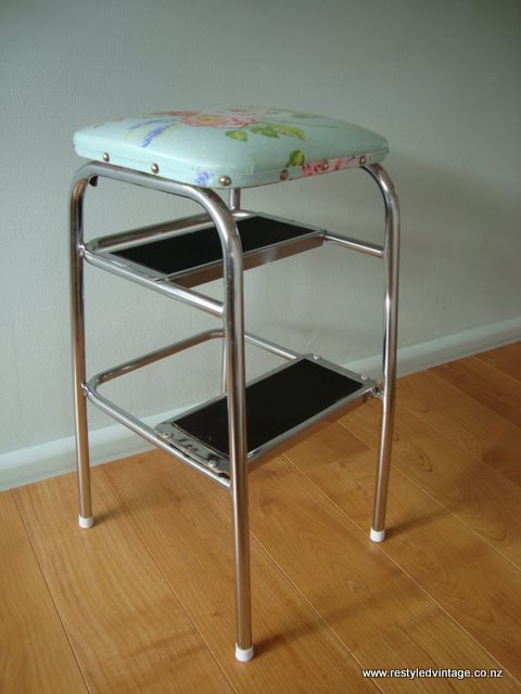 ... hardworking kitchen step stool. The vinyl cover was ripped and all the foam cushion padding has gone brittle and fallen out the rip and disappeared. & Restyled Vintage: Cath-Kidston Style Retro Kitchen Step Stool islam-shia.org