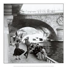 Bajo los puentes de París