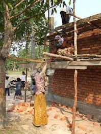 Ta Trav Women Hauling Cement