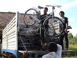 Unloading Rotary Bikes!