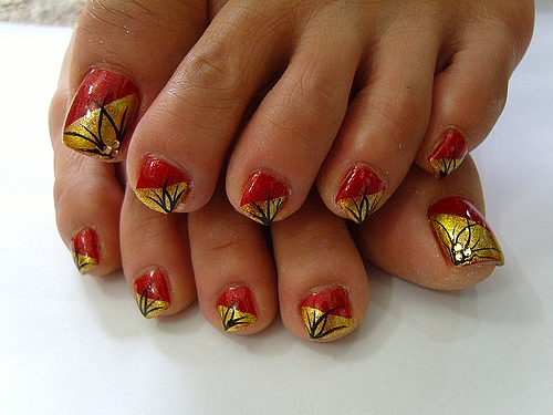 The Amusing Easy gold nail polish designs for short nails Picture
