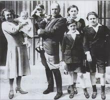 Il Duce con la Famiglia a Villa Torlonia