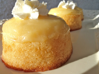 Mariola´s Cooking Therapy: Buttermilk Pudding Cakes