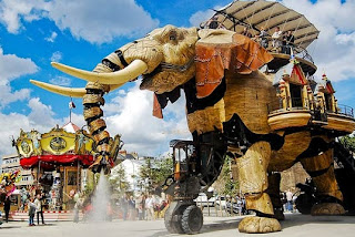 Massive robot elephant made of reclaimed materials