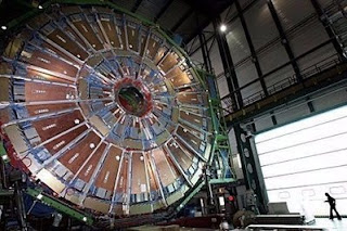 cern atom-smasher relaunch delayed to september