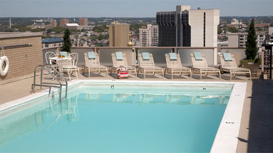 hotel windsor rooftop pool philadelphia