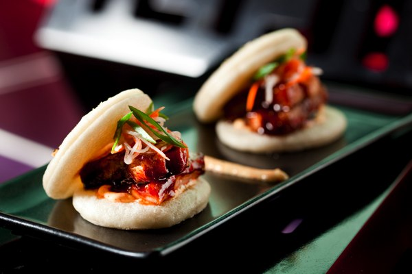 chifa pork belly buns