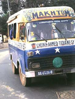 Autobús de Dakar