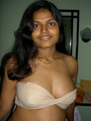 wallpaper aunty bra photos. desi aunty Posted by nrigirl at 1:07 AM