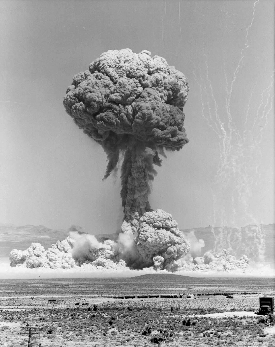 http://4.bp.blogspot.com/_H7CY0W2Ac5o/TDxlsPcJg8I/AAAAAAAABrk/Rlo0cY8xGx8/s1600/atomic-1.jpg